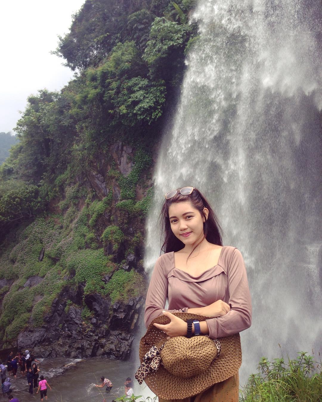10 Tempat Wisata Di Bogor Paling Memikat