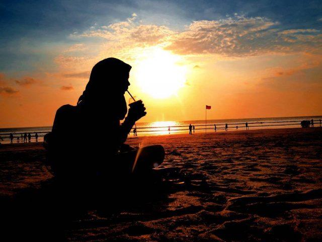 Pantai Kuta Bali Sunset Dan Pesonanya Di Malam Hari Angkutkoper Com