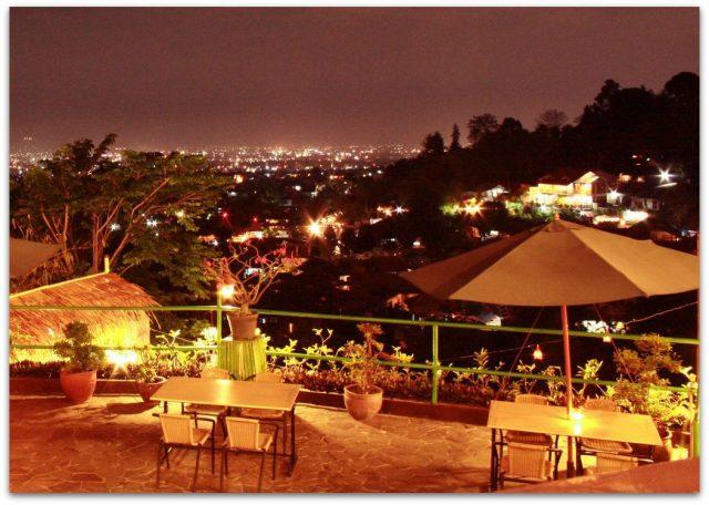 The peak restoran romantis bandung
