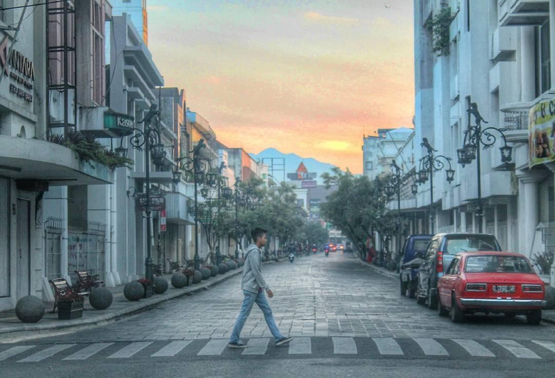 Jalan Braga