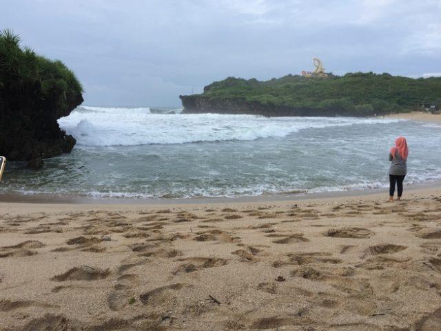 Pantai krakal yogyakarta