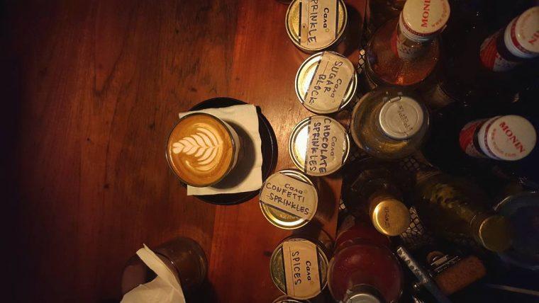 casa cafe kemang